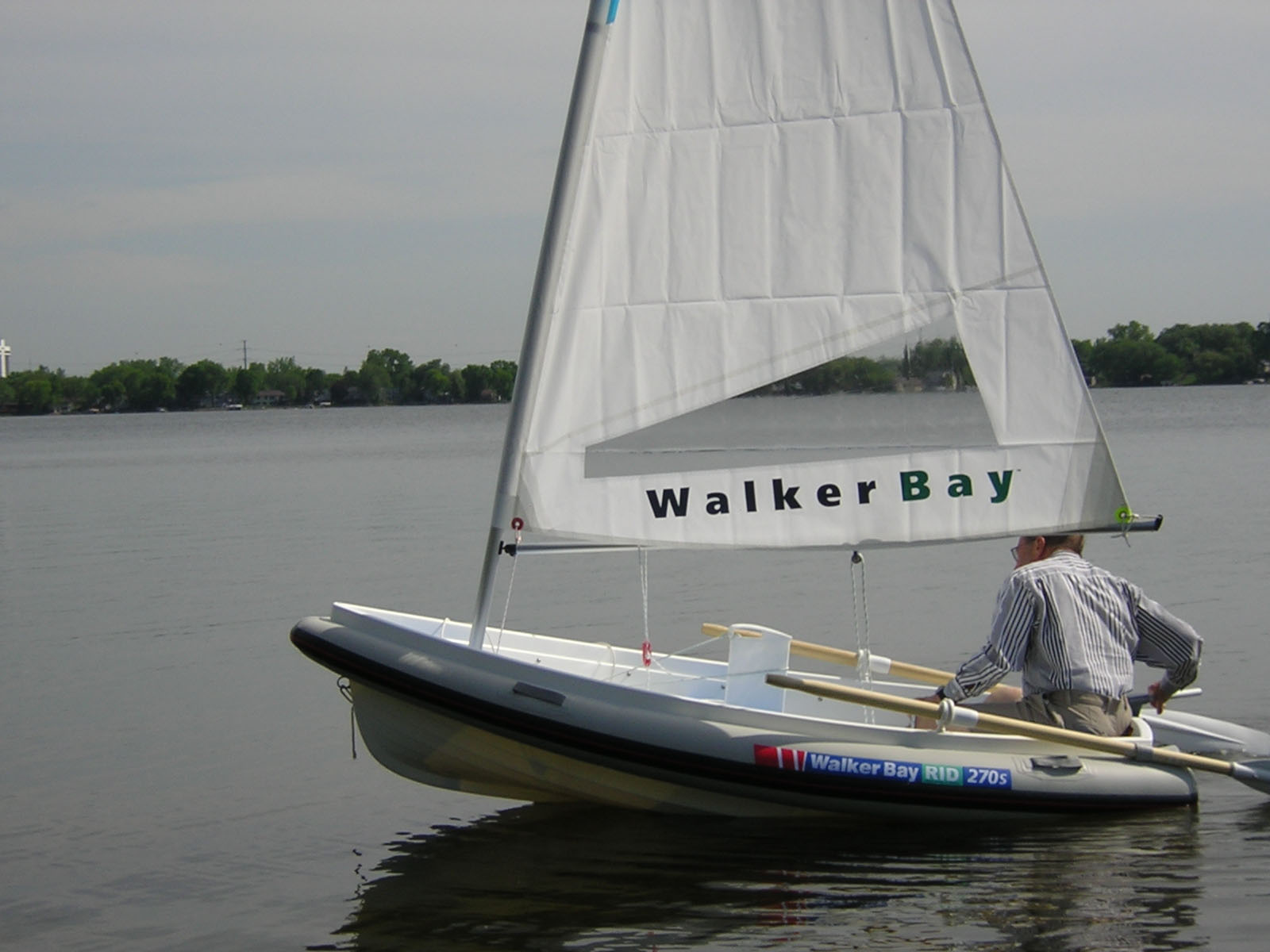 Review Walker Bay 8 270 Rigid Inflatable